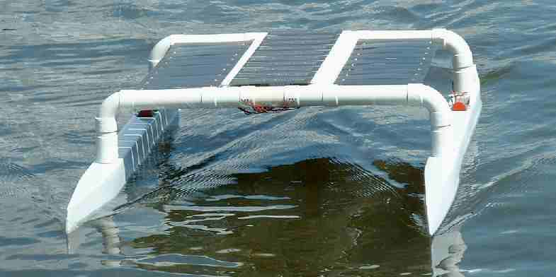 Catamaran cruising under solar power
