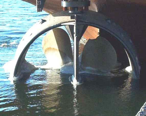 Kort nozzle part submerged during launch