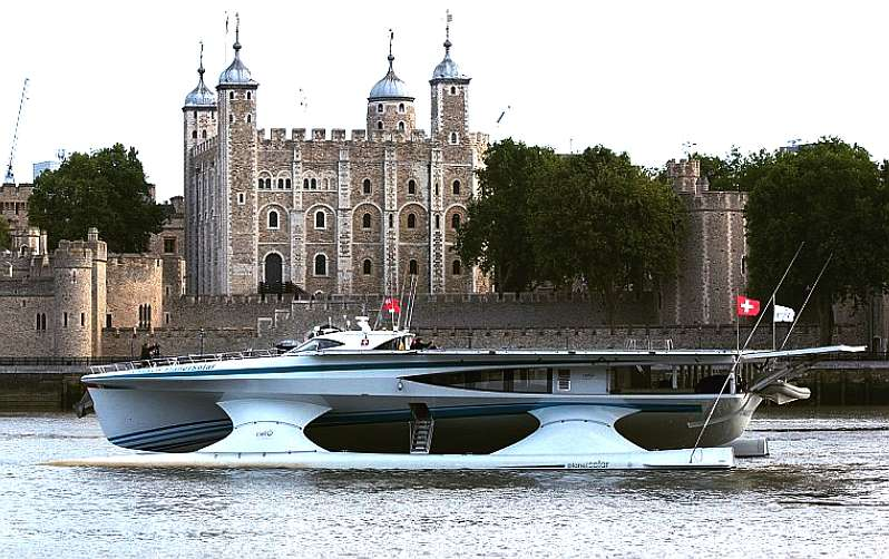 Is the world s largest fully solar powered boat and first